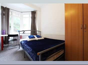 EasyRoommate UK - +2 Rooms Same House! (170pw)Twin+(£140pw) Double Brent Cross!, Hendon - £737 pcm