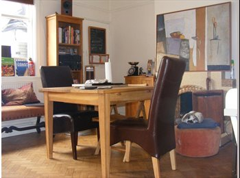 EasyRoommate UK - Homely Home - High Standard Furnished House, Cardiff - £285 pcm