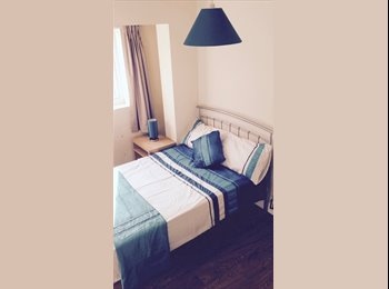Rooms in clean friendly house close to city center