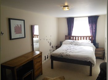EasyRoommate UK - Luxury en-suite double room to rent in the city centre, Exeter - £545 pcm