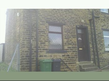 room to let / rent in pudsey ls28 area