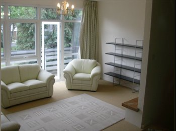 EasyRoommate UK - Room to-let in  East Dulwich / Camberwell - Camberwell, London - £600 pcm