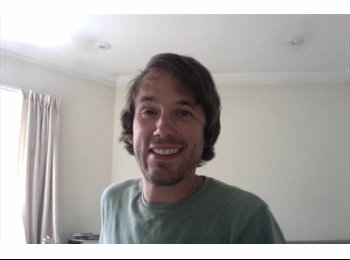 EasyRoommate UK - Chris - 29 - London