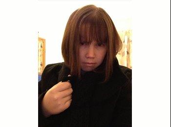 EasyRoommate UK - Rebecca - 25 - Luton