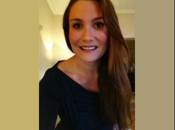 EasyRoommate UK - Silvia - 36 - London