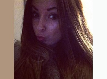 EasyRoommate UK - Lydia - 25 - London