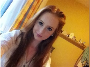 EasyRoommate UK - Laurine  - 19 - Chichester