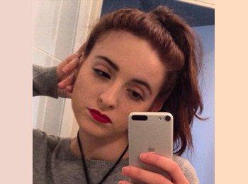 Mylene - 18 - Student