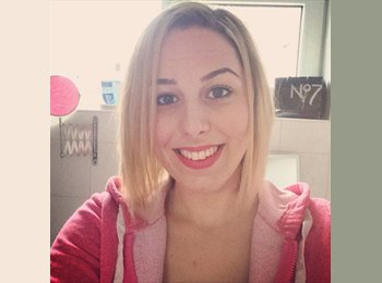 EasyRoommate UK - Victoria  - 26 - East Northamptonshire and Corby