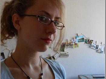 Clara - 20 - Student