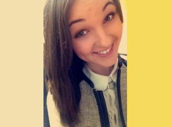 Emma - 20 - Student