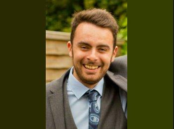 EasyRoommate UK - Richard  - 26 - Wakefield