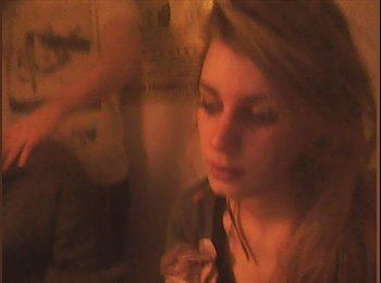 EasyRoommate UK - Ruth - 24 - Sunderland
