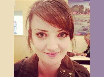 EasyRoommate UK - Lauren  - 25 - Swansea