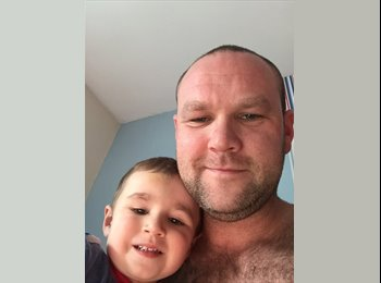 EasyRoommate UK - Pete - 18 - Stoke-on-Trent