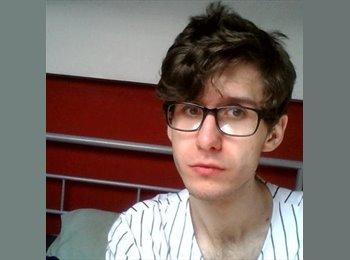 James - 21 - Student