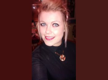 EasyRoommate UK - Abbie - 22 - Preston