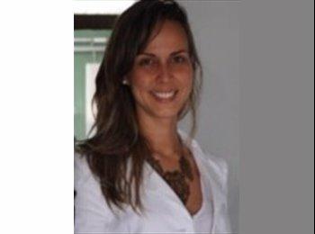 Fernanda - 33 - Professional