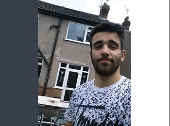 EasyRoommate UK - Nuno - 20 - Coventry
