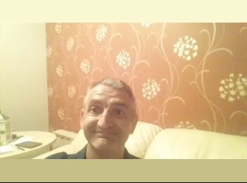 EasyRoommate UK - steve - 50 - Newark