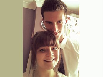EasyRoommate UK - Lauren and Christopher - 19 - Poole