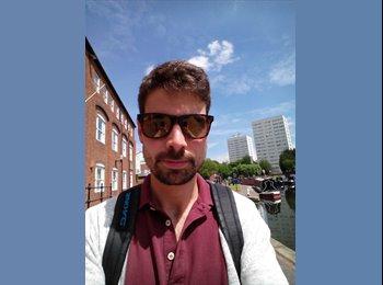 EasyRoommate UK - Jesus Martin - 27 - Birmingham