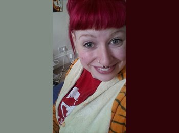 EasyRoommate UK - Janine - 24 - Glasgow