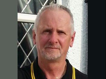 EasyRoommate UK - Jeff - 50 - Hemel Hempstead