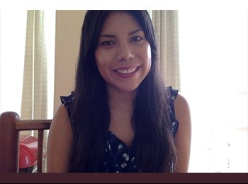 Valeria Mendez - 25 - Student