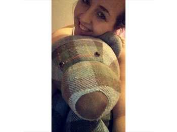 EasyRoommate UK - Jodie  - 19 - Inverness