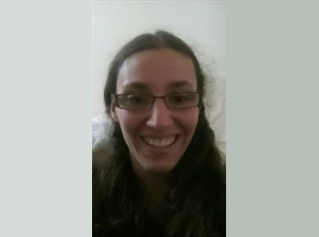EasyRoommate UK - Camille - 18 - High Wycombe
