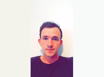 EasyRoommate UK - Joe - 23 - Bristol