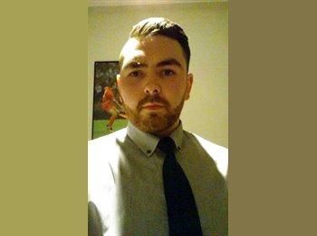 EasyRoommate UK - Damien  - 25 - Stoke-on-Trent