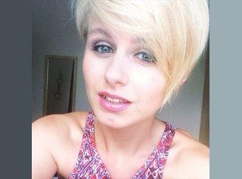 EasyRoommate UK - Danielle - 20 - Nottingham