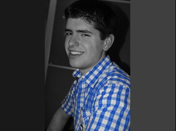 Marcel - 21 - Student