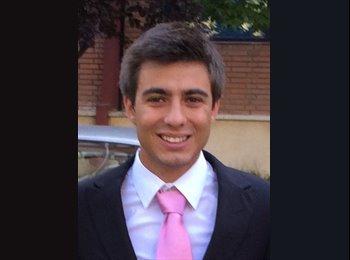 Enrique   - 23 - Professional