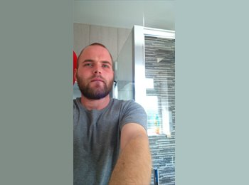 EasyRoommate UK - Sean - 25 - Southend-on-Sea