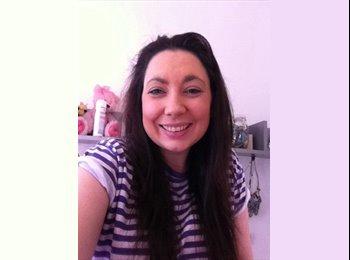 EasyRoommate UK - Natalie - 28 - Aberdeen