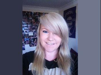 EasyRoommate UK - Melissa - 24 - Bournemouth