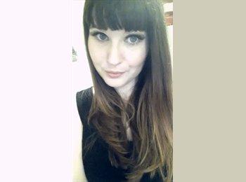 EasyRoommate UK - Rachel - 23 - Stafford