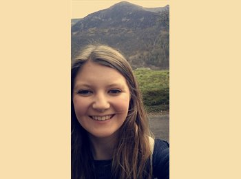 EasyRoommate UK - Claire  - 22 - Sheffield