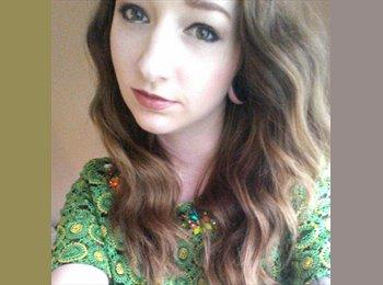 EasyRoommate UK - Stephanie - 24 - Stevenage