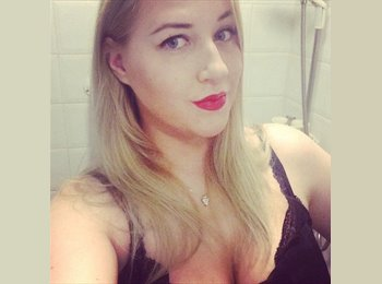 EasyRoommate UK - Libby - 25 - Leicester