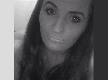 EasyRoommate UK - Stacey - 21 - Rugby