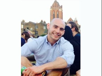 EasyRoommate UK - Jonathan - 30 - Cambridge