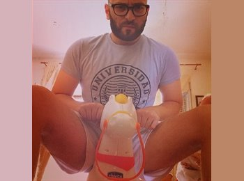EasyRoommate UK - Giuseppe - 21 - Reading