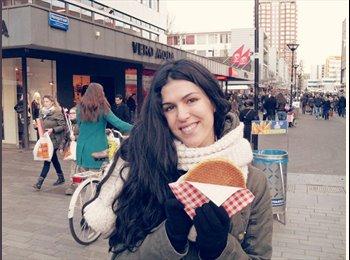 Consuelo - 24 - Student
