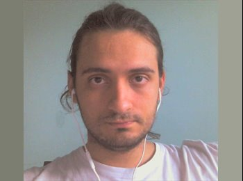 EasyRoommate UK - Gilberto - 26 - Glasgow