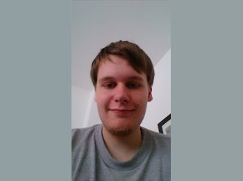 EasyRoommate UK - Nicolai - 22 - Edinburgh