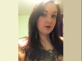 EasyRoommate UK - Rebecca - 22 - Wakefield